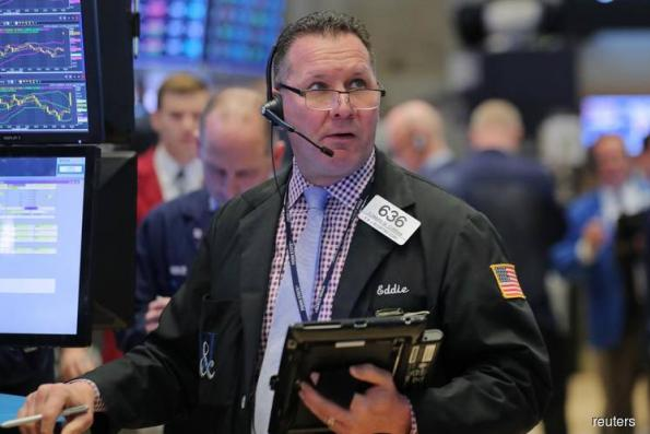 Wall Street drops, S&P 500 confirms correction