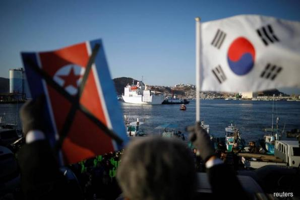 U.S. vows new N.Korea sanctions ahead of Olympics face-off
