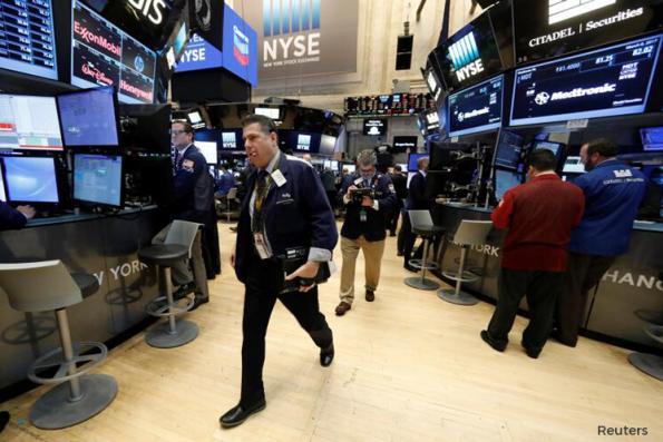 NAFTA replacement deal lifts Dow, S&P; Nasdaq negative