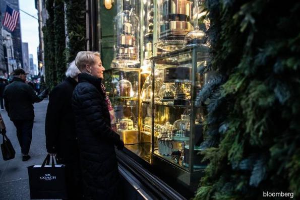 U.S. consumer sentiment falls to two-year low amid shutdown