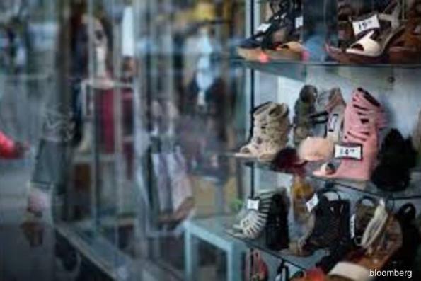 U.S. consumer comfort slumps to lowest since June amid shutdown
