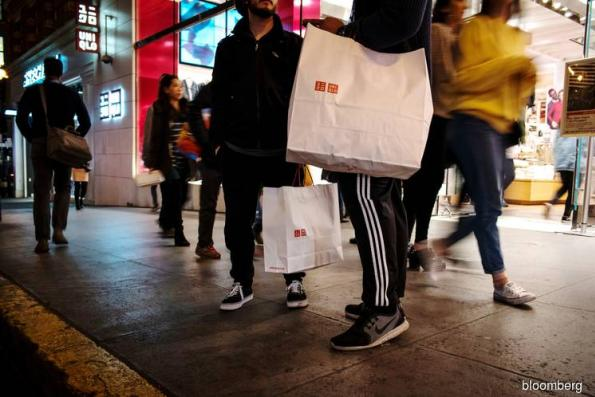 U.S. retail sales fall most in nine years amid stock plunge