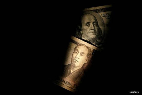 Yen gets fleeting bid as China cancels trade talks
