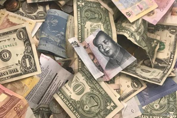 Dollar sags, euro buoyant after US, EU move towards averting trade war