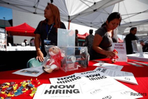 US private employers step up hiring; productivity sluggish