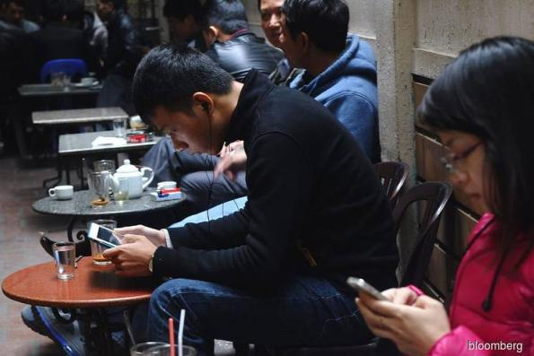 Vietnam's Vingroup to launch smartphones next week as part of tech push