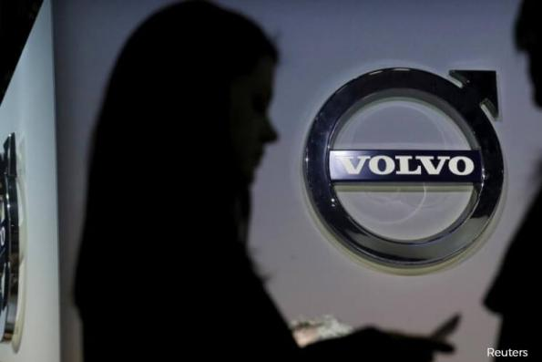 Volvo profit jumps on cost cuts and strong truck demand