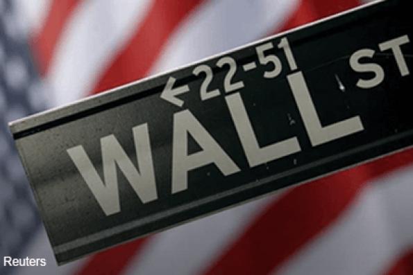 Wall St falls sharply after weak China data