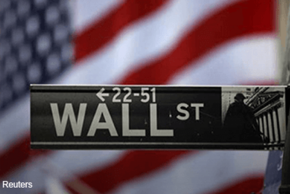 Wall St surges on lower rate-hike fears, Apple ascends