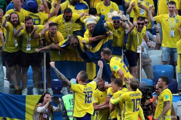 Soccer: Sweden bury World Cup opening jinx to beat South Korea