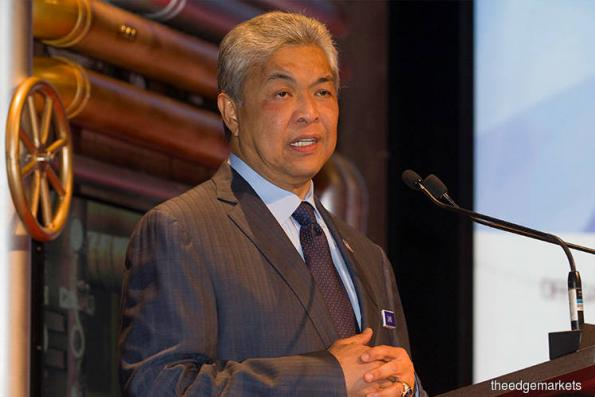 Zahid steps aside from Umno presidency