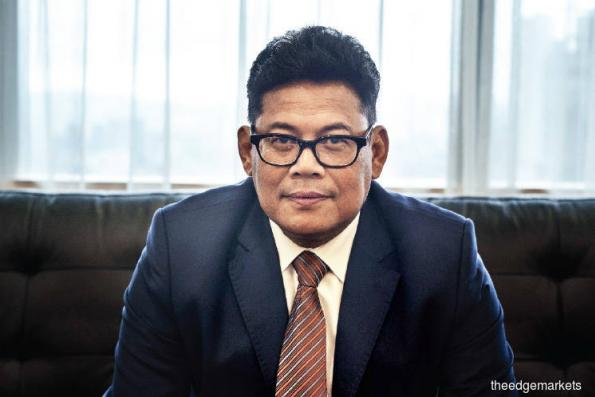 Suspended FGV CEO Zakaria resigns