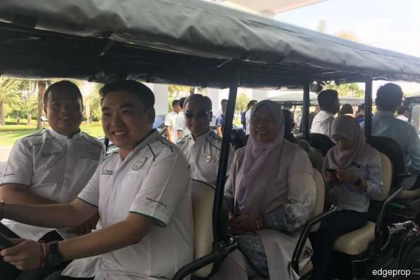 Zuraida impressed by Eco Majestic in Semenyih