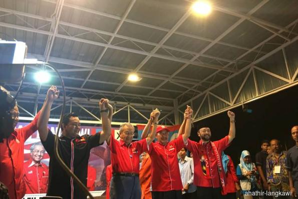 Mahathir announced as candidate for Langkawi Parliamentary seat