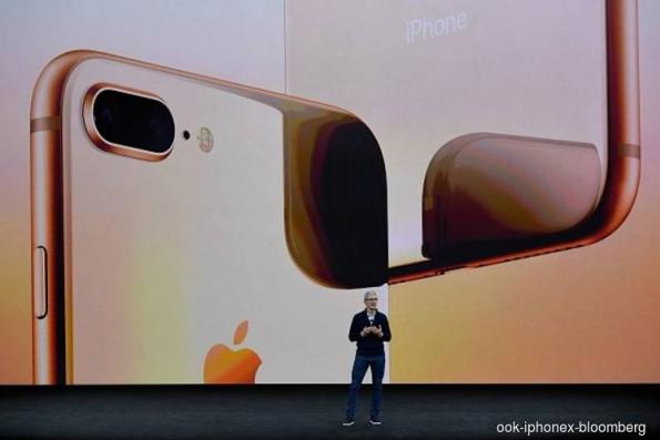Apple iPhone suppliers said to consider move if tariffs hit 25%