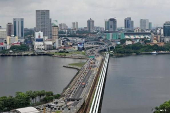 Malaysia, Singapore should have three to four bridges — Dr M