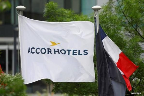 AccorHotels weighs taking stake in Air France KLM