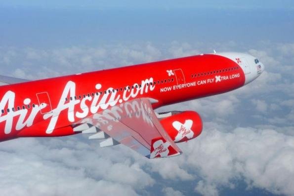 AirAsia X flight from Gold Coast makes emergency landing in Brisbane