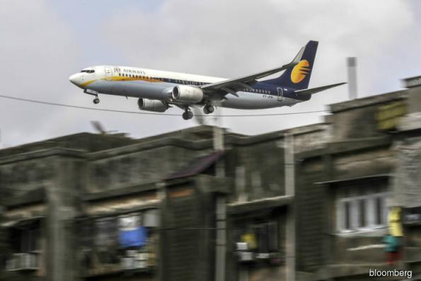 Epic fare war crushes profits in booming Indian airline market