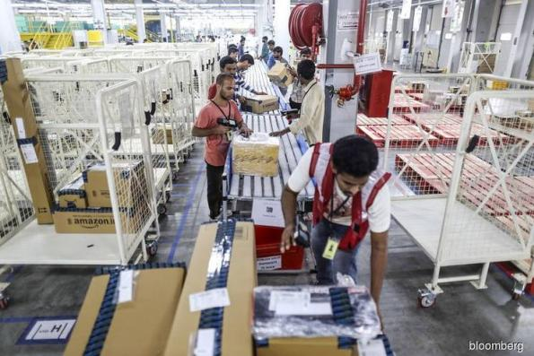 Amazon preps for a heated race as India's holiday sales kick off