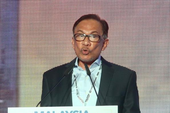 Anwar: 11MP mid-term review reflects Pakatan's commitment to undertake promised reforms