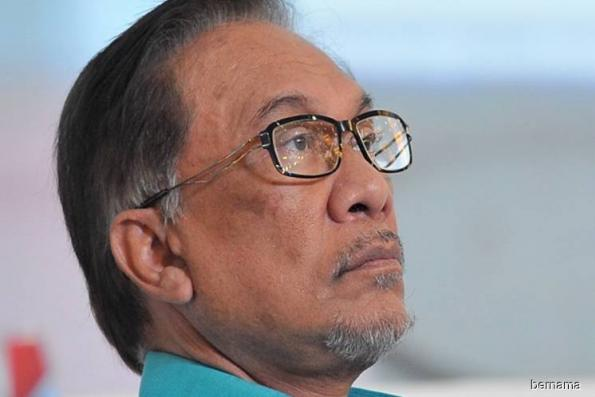 Sultan Muhammad V gave room for democratic system to thrive well — Anwar