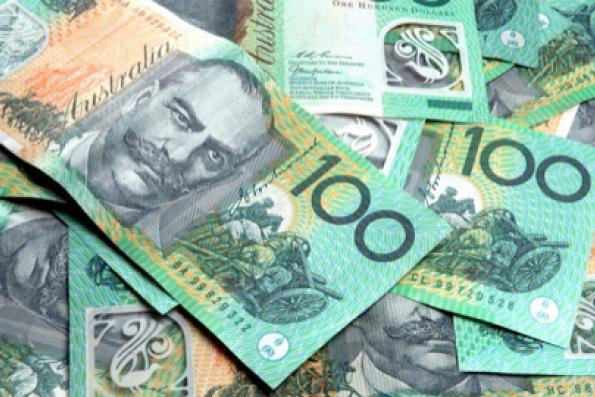 Aussie slumps, U.S. dollar struggles for traction