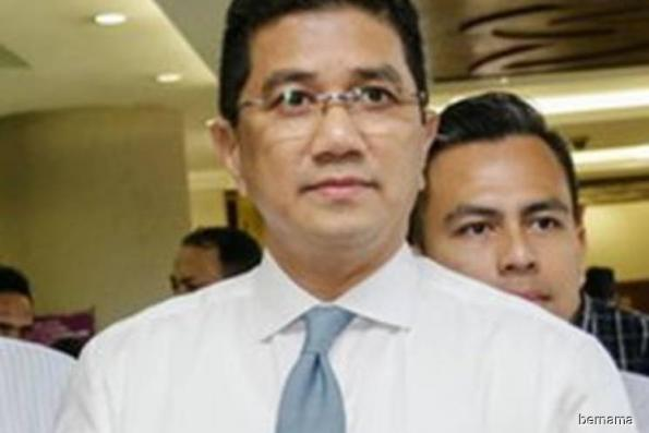 Selangor MB Azmin says he 'certainly won't' hold two posts at the same time