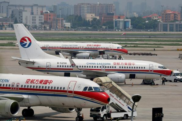 China says plenty of space separates Taiwan flights amid route row