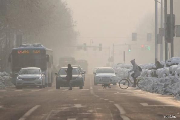 Major China region sees smog worsen in January, adds to fears polluters moving south