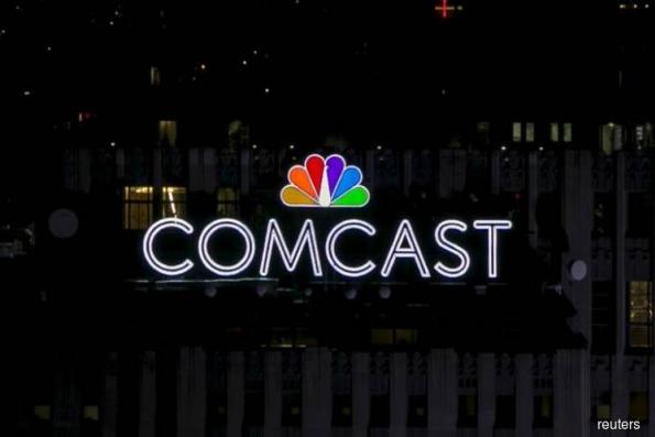 Comcast beats profit estimates even as it loses video subscribers