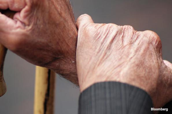 Consumers show signs of frailty