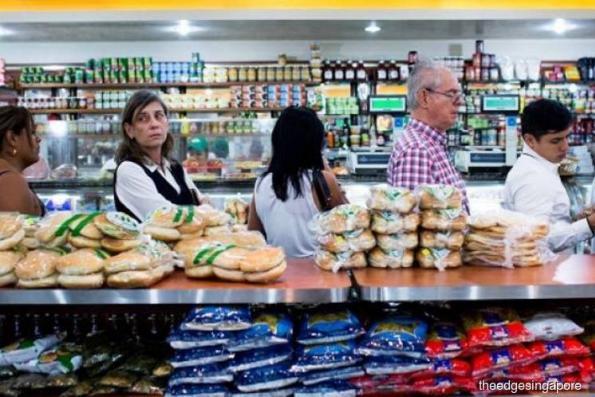 Asian consumption on upward trend despite weak G7 growth in 2018: Oxford Economics