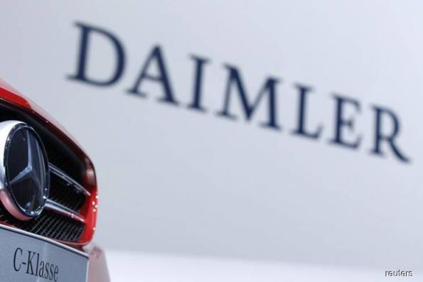 Daimler's spending on new technology to dampen earnings growth