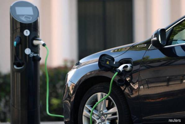 Electric Vehicle adoption an increasing threat to oil demand, says Fitch