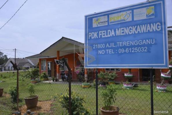 Govt aims to cut Felda debts to RM6.8 bln by year-end