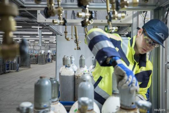 Linde-Praxair $42 billion merger threatened by FTC demand