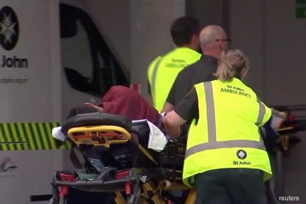 New Zealand Police Hunt Gunman on Loose After Attack at Mosque