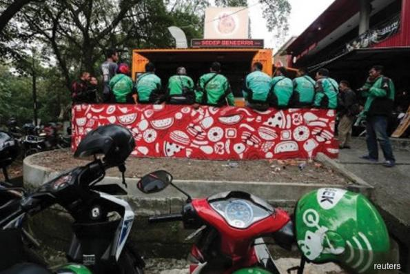 Indonesian ride-hailing firm Go-Jek to expand to Philippines in 2018