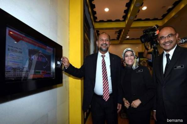 PH govt does not support media blackouts — Gobind