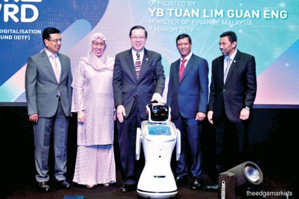 Guan Eng hopeful of early ECRL talks