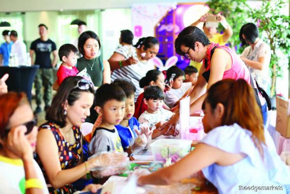 Cicet Asia celebrates Mid-Autumn Festival with Greenfield Residence community