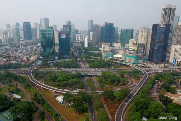 Indonesia Inc finds haven in loans amid emerging market woe