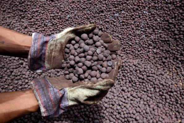 India seeks steel ministry control of iron ore, coal
