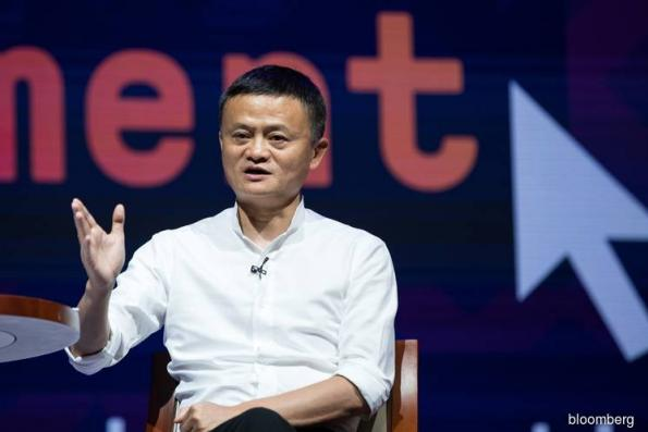 China hails Jack Ma as innovator, Robin Li's 'sea turtle' role