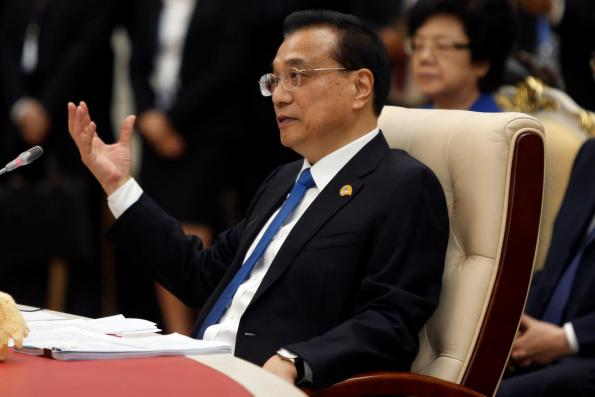 China won't weaken currency to boost exports, premier says