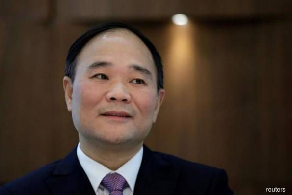 China's billionaire Li turns his gaze on Volvo trucks after cars