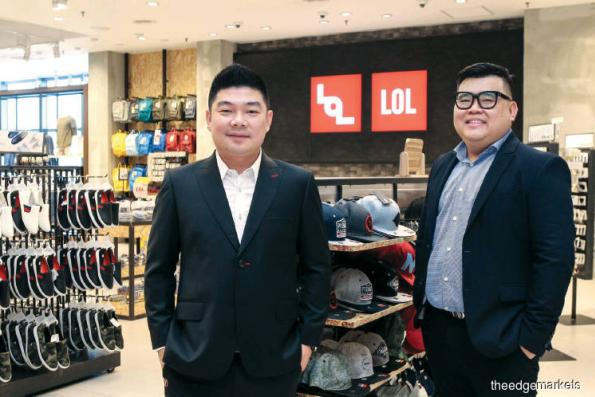 After Parkson pulls out, LOL seeks new investors