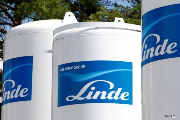 Linde-Praxair merger hits antitrust hurdle; talks continue
