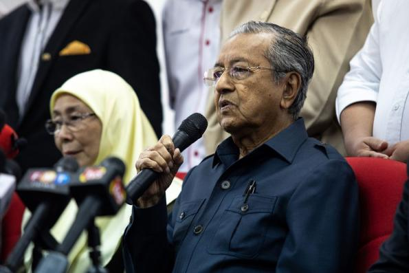 PAS politics, not Islam cause of Malay disunity — Mahathir